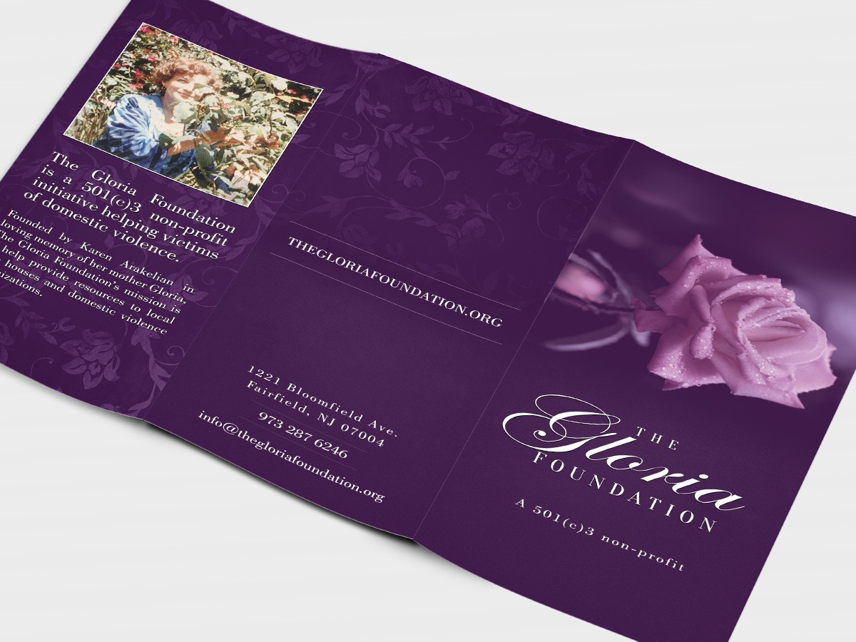 RE EVOLUTION // The Gloria Foundation - Brochure